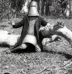 Ned Kelly's last stand, from 'The Story of the Kelly Gang' (1906)